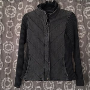 2 For 20.00 ⭐️  Quilted charcoal grey jacket